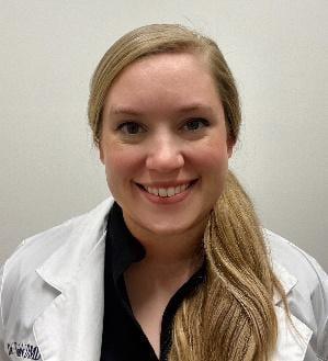 Robyn Hofelich is a pediatric specialist in Columbia, TN
